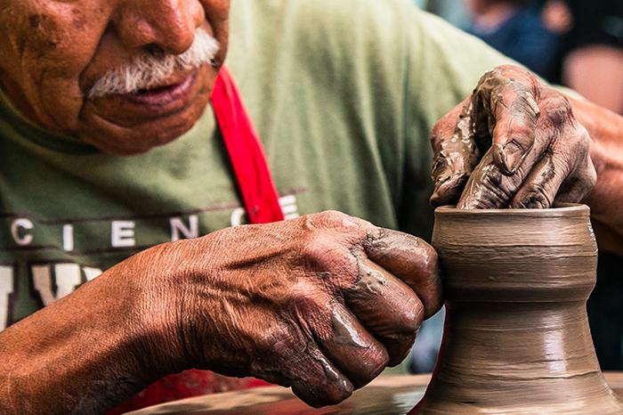 Hidalguense dia internacional del artesano