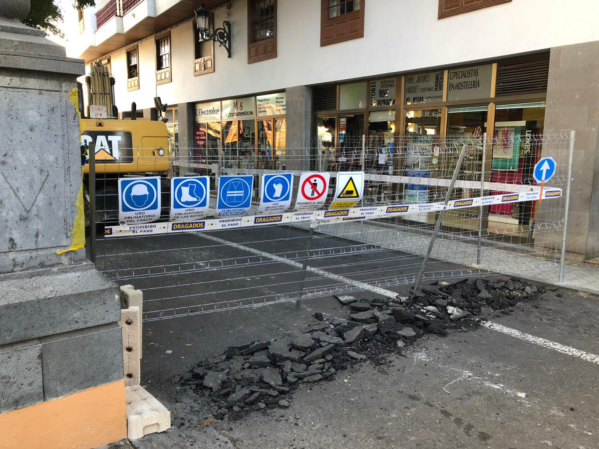 Obras zona comercial abierta SC La Palma