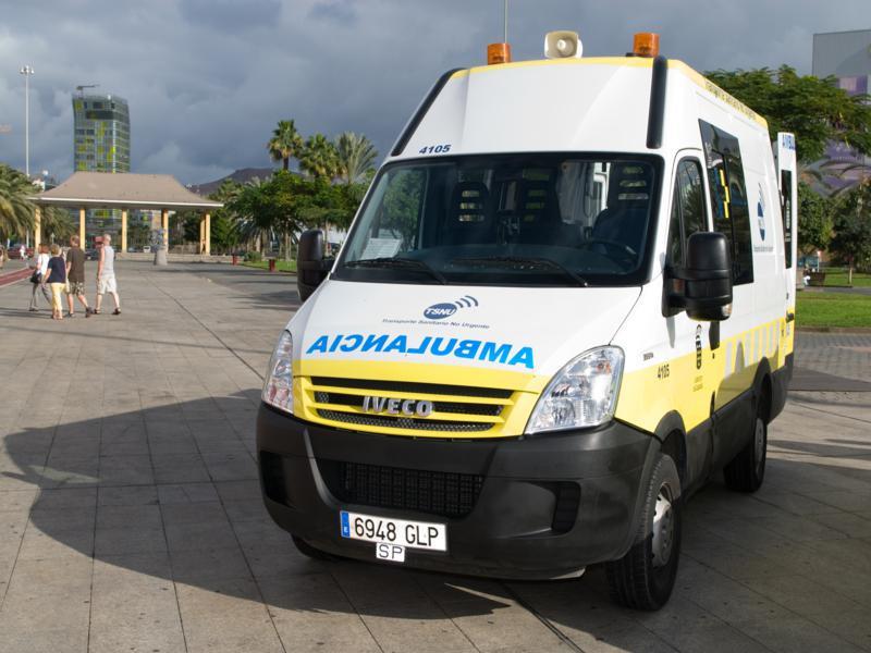 Ambulancia de Transporte Sanitario No Urgente 800x600