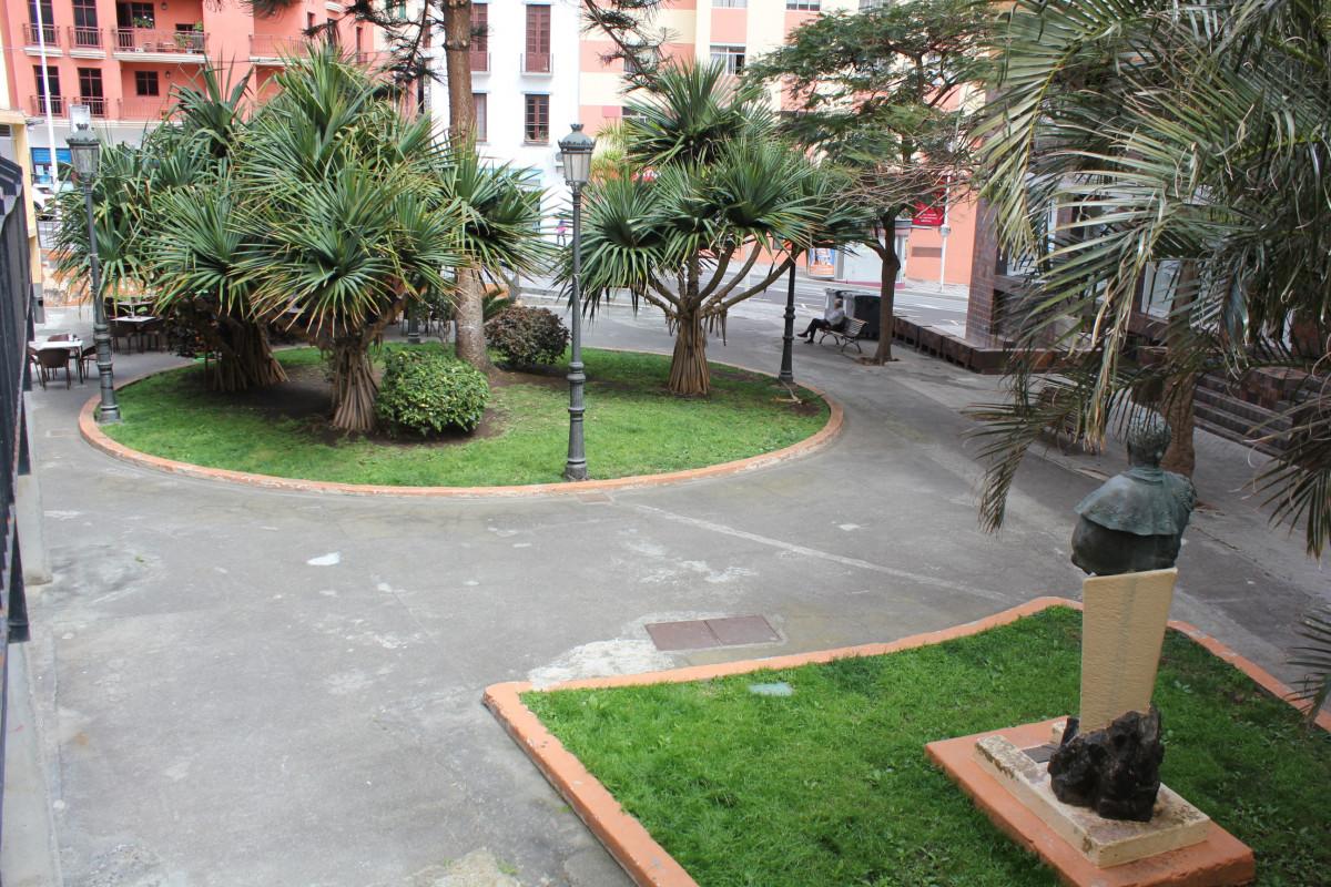 Plaza Josu00e9 Mata