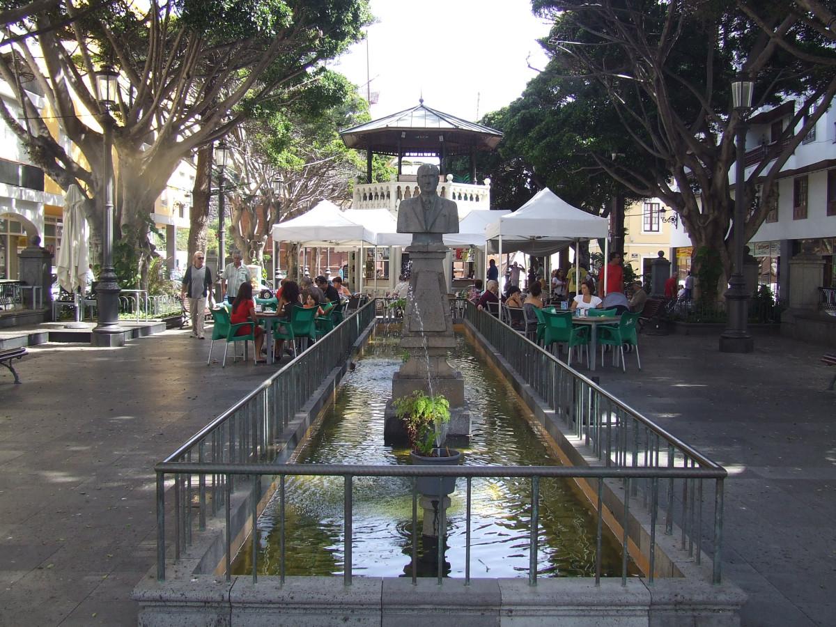 MONUMENTO AL DOCTOR MIGUEL PEREZ CAMACHO