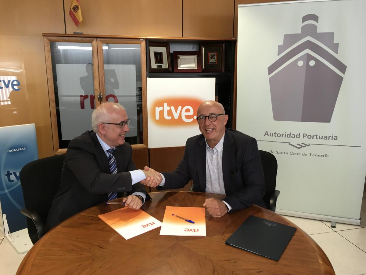 Firma convenio TVE 2