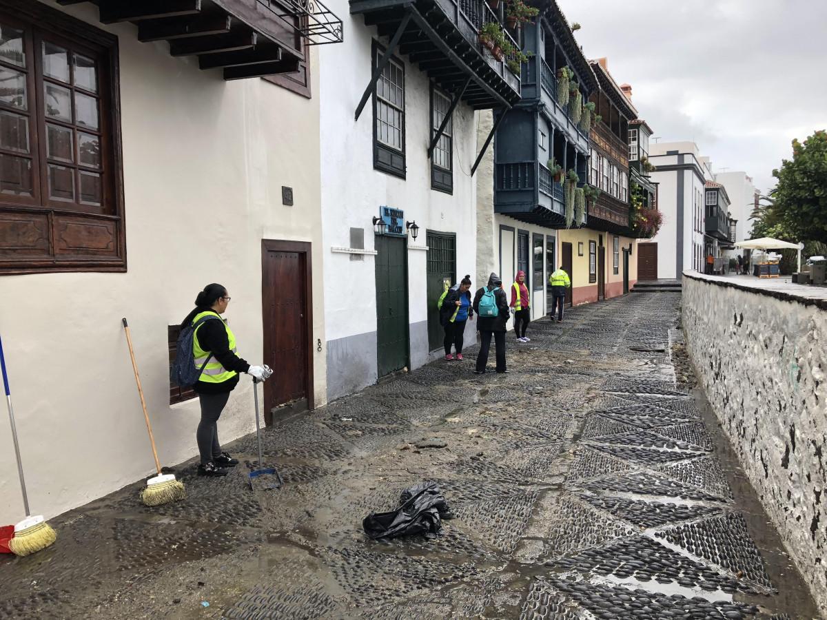 Inundaciones calle Anselmo Pu00e9rez de Brito (Sta Cruz de La Palma)